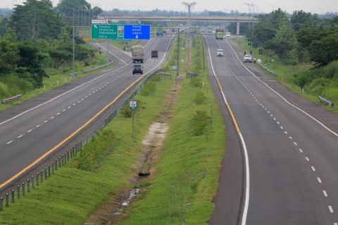 Tips Menghindari Kecelakaan Beruntun di Jalan Tol