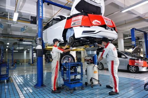 Jalanan Semakin Ramai, Toyota Antisipasi dengan Safe December