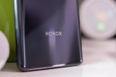 Honor Tunda Peluncuran seri V40 hingga Tahun Depan