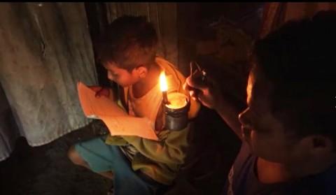 Dorong Peningkatan Rasio Elektrifikasi di Tengah Pandemi, PLN Alirkan Listrik di 433 Desa