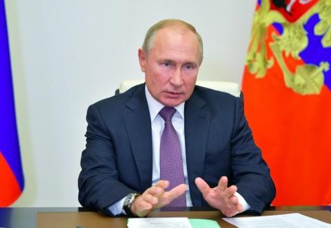 Putin Perintahkan Vaksinasi Covid-19 Skala Besar di Rusia