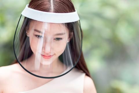WHO Sebut Face Shield Tak Maksimal Melindungi seperti Masker