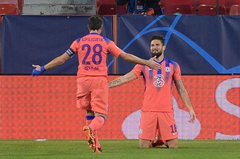 Lampard Pertimbangkan Giroud Sebagai Penyerang Utama