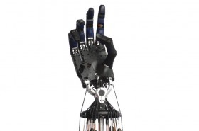 Peneliti Kembangkan Tangan Robot dengan Pergerakan Alami