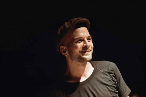 Nils Frahm Rilis Film Konser Penampilan Ikoniknya di Funkhaus Berlin