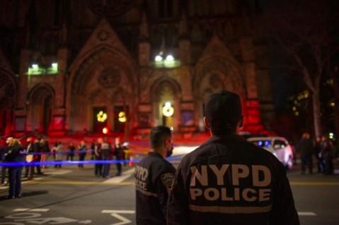 Penembakan saat Konser Natal di Katedral New York, Pelaku Ditembak