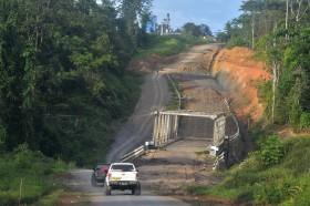 Tailing Jadi Material Membangun Jalan di Papua