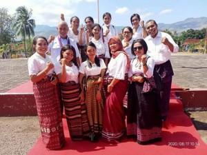 Kwatek dan Nowing jadi Pakaian Resmi Kedinasan di Flores Timur