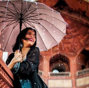 Ini 5 Cara agar Rambutmu tetap Kece saat Musim Hujan