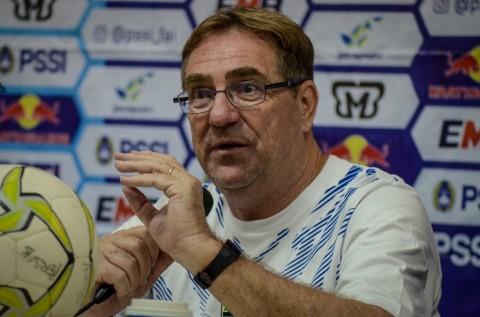 Pelatih Persib Usul Liga 1 2020 Dihentikan dan Fokus Menatap Musim Baru