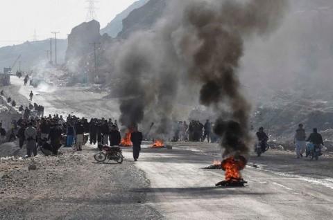 Serangan ISIS Tewaskan 11 Pekerja Tambang di Pakistan