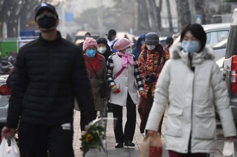 Ribuan Warga Beijing Mengantre Jatah Vaksin Covid-19