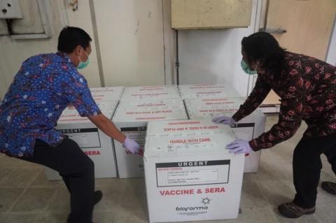 77.760 Vaksin Hanya Mencukupi 38.880 Orang di Jatim