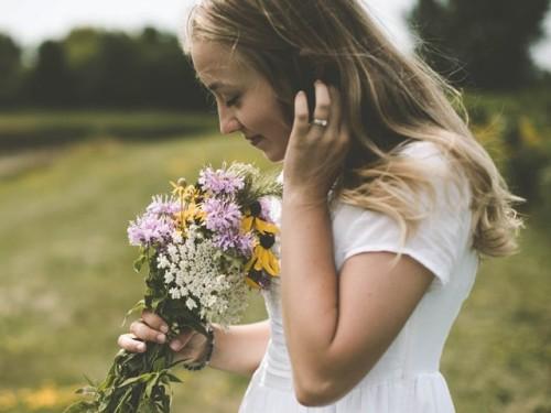 Virus korona mungkin memengaruhi saraf lain yaitu saraf penciuman disebut dengan parosmia.  (Foto: Ilustrasi/Unsplash.com)
