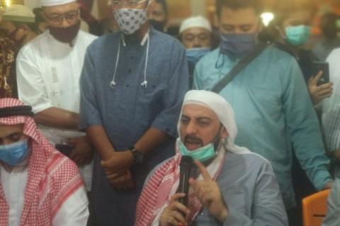 Kondisi Syekh Ali Jaber Membaik