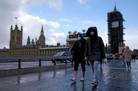 Lockdown Nasional Inggris Diperkuat Undang-Undang