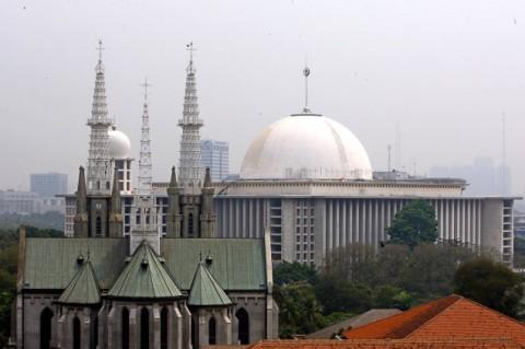 Mayoritas Warga di 10 Negara Paling Bahagia Tak Anggap Agama Penting, Kenapa?