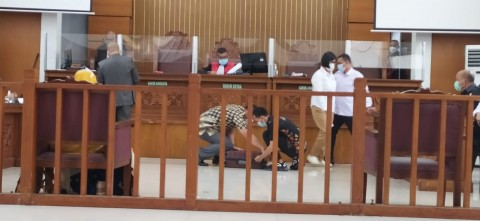 Polisi Bawa Satu Koper Bukti Pelanggaran Protokol Kesehatan Rizieq