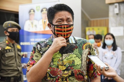 South Sumatra Governor Encourages People to Support Covid-19 Vaccination Program