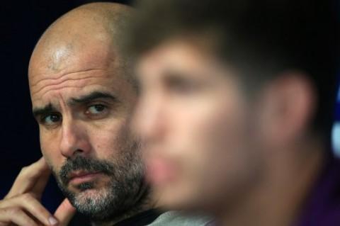 Setelah Sekian Lama, Guardiola Akhirnya Memuji John Stones