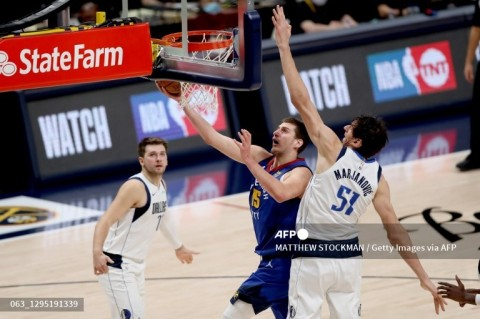 Basket NBA: Mavericks Kalahkan Nuggets Lewat <i>Overtime</i>