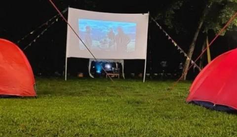 Camping Cinema, Sensasi Nonton Film Sembari Berkemah