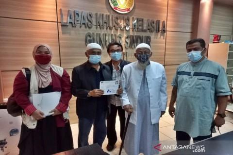 Perjalanan Abu Bakar Ba'asyir dari Awal Dipenjara Hingga Bebas, 18 Kali Keluar Lapas