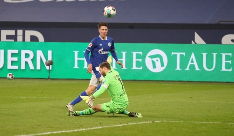 Schalke vs Hoffenheim: Royal Blues Putus Rentetan 30 Laga Tanpa Kemenangan