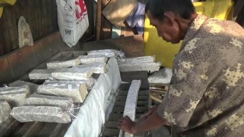 Perajin Tempe di Temanggung Terpukul Kenaikan Harga Kedelai Impor