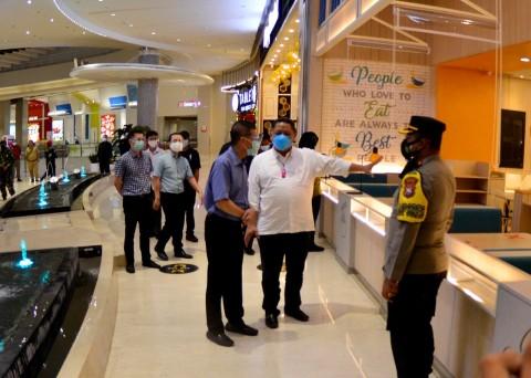 Mal dan Restoran di Surabaya Dinilai Tertib Hari Pertama PPKM
