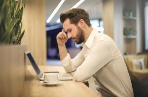 Migrain saat Kerja di Rumah, Begini Cara Simpel Mengatasinya
