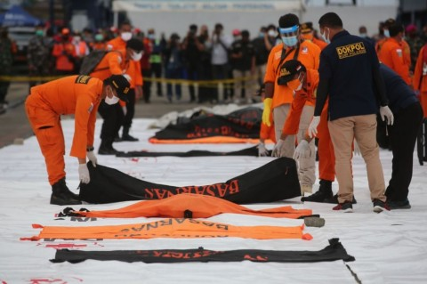 RS Polri Terima 111 Sampel DNA Keluarga Korban Sriwijaya SJ-182
