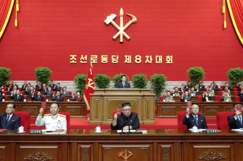 Tutup Pertemuan Partai, Kim Jong-un Janji Perkuat Persenjataan Nuklir