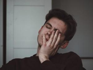 5 Penyebab yang Bikin Matamu Bengkak