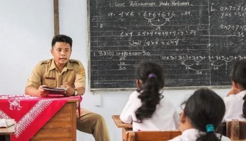 Guru Honorer Usia di Atas 35 Tahun Tuntut Jadi ASN Tanpa Tes