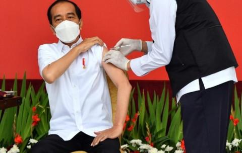 4 Reaksi Jokowi Usai Disuntik Vaksin