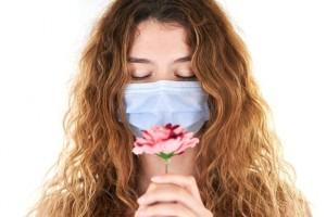 Berapa Lama Biasanya Pasien Covid-19 Mengalami Anosmia?