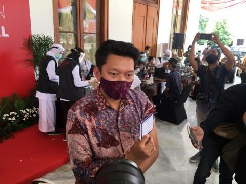 Bayu Skak Ajak Milenial Jatim Tak Ragu untuk Divaksin