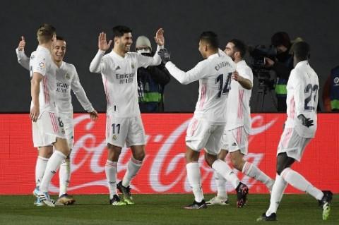 Jadwal Sepak Bola Nanti Malam: Real Madrid Lakoni Piala Super Spanyol