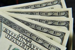 Dolar AS Menguat di Tengah Kekhawatiran Penyebaran Covid-19