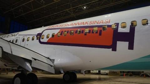 Dukung Vaksinasi, Pesawat Garuda Indonesia Pakai Desain Alat Suntik