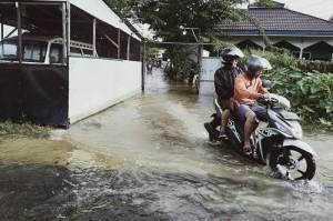 Banjir di Banjarmasin Belum Surut Hingga Hari Keempat