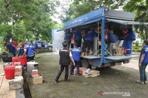 Sulteng Kirim Makanan untuk 1.200 Korban Gempa Sulbar