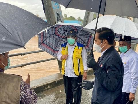 Jokowi Meninjau Kondisi Terkini Banjir di Kalimantan Selatan