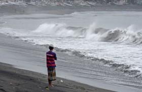 Cuaca Buruk, Gelombang Perairan di Kalsel Mencapai 4 Meter