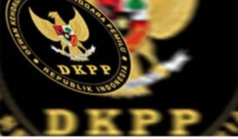 DKPP Ogah Bahas Pemecatan Ketua KPU dengan DPR