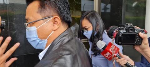 Saksi Korupsi Bansos Covid-19 Dibawa ke Lokasi Penggeledahan
