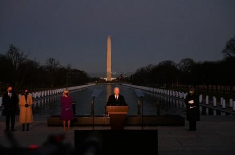 Tiba di Washington, Joe Biden Beri Penghormatan ke Korban Covid-19