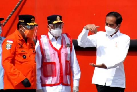 Jokowi Puji Kerja Keras Penanganan Kecelakaan Sriwijaya Air SJ-182