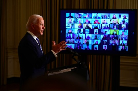 Bersama Biden, AS Kembali ke Kesepakatan Iklim Paris